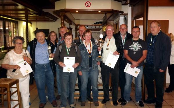 Drei Medaillen beim Kreispokal in Vinn